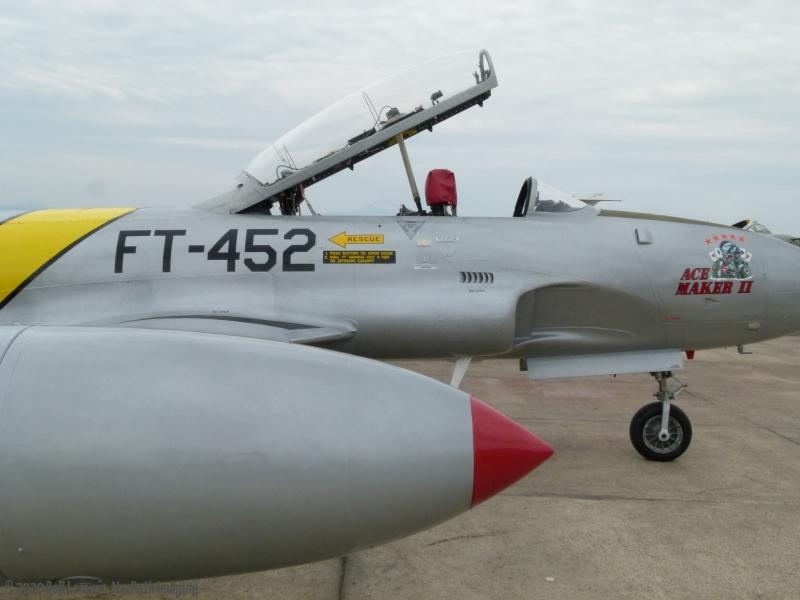 T-33-P1110502