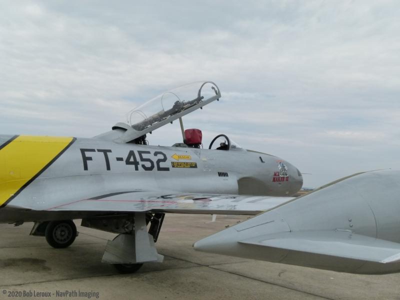 T-33-P1110503